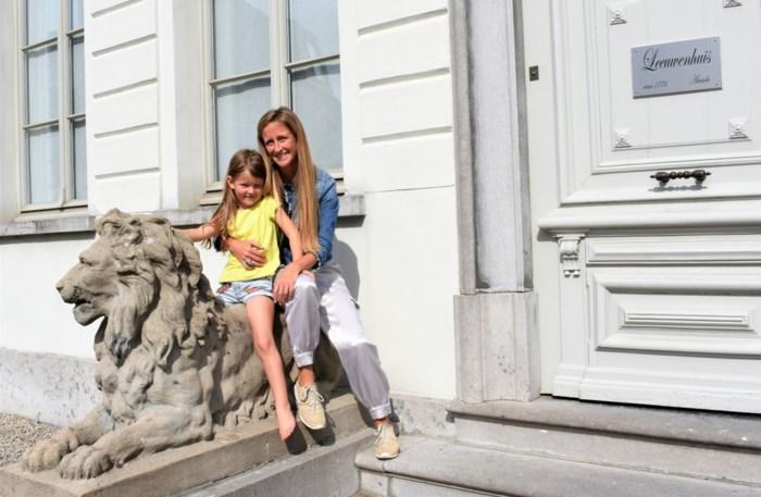 Charlotte (38) gaat geen bedrijven meer coachen, maar ouders, en dat vanuit Spanje