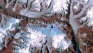 Laatste intacte ijsplateau van Canada breekt af en stort in Noordelijke ijszee