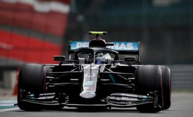 Valtteri Bottas verslaat Lewis Hamilton in strijd om de pole