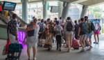 Groep Brusselse jongeren weggestuurd uit Gent-Sint-Pieters, rustig op de Blaarmeersen