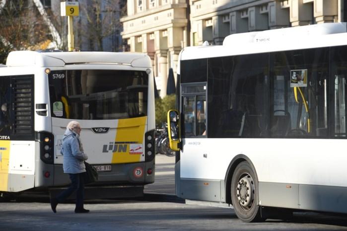 De Lijn ruilt buskaarten om