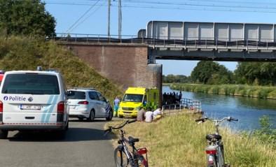 """Twintiger verdrinkt in Netekanaal in Lier: """"Slachtoffer bleef halfuur onder water"""""""
