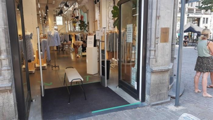 """""""Je verwarmt toch ook niet met de ramen open"""": milieubeweging telt openstaande winkeldeuren"""