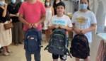 Nieuw schoolgerief voor kinderen die spullen verloren in woningbrand