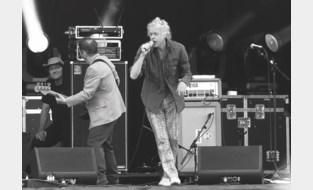 """Zeven jaar na het grootste liefdadigheidsconcert ooit, hielp Bob Geldof deze Kempense Chiro aan nieuwe lokalen: """"Hij wilde niet met zijn propere schoenen door de modder"""""""