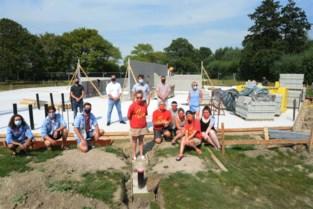"""Bouw van nieuwe jeugdlokalen in Tempelhof gestart: """"Serieuze investering, maar dat is het waard"""""""