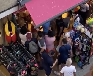 """Blankenbergse winkeluitbaatster zag winkel geplunderd worden door amokmakers: """"Politie was gewoon met veel minder"""""""