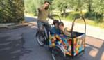 Kunstenaar Koerie keert na dertien jaar in Amerika terug naar thuisstad... met bakfiets