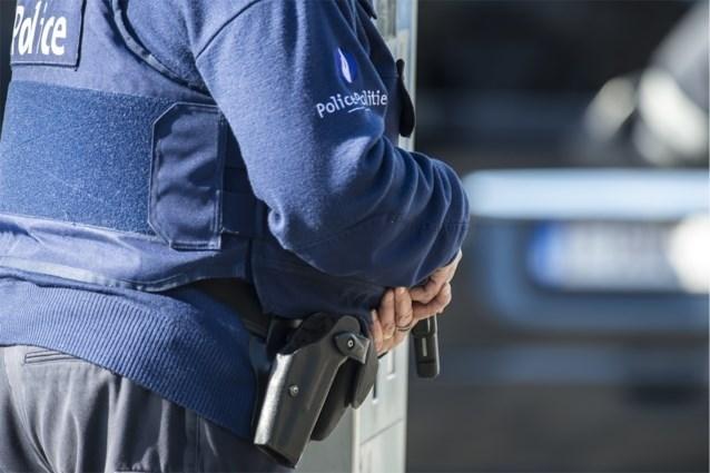 Vechtpartij op strand van Sint-Anneke in Antwerpen, politie massaal ter plaatse