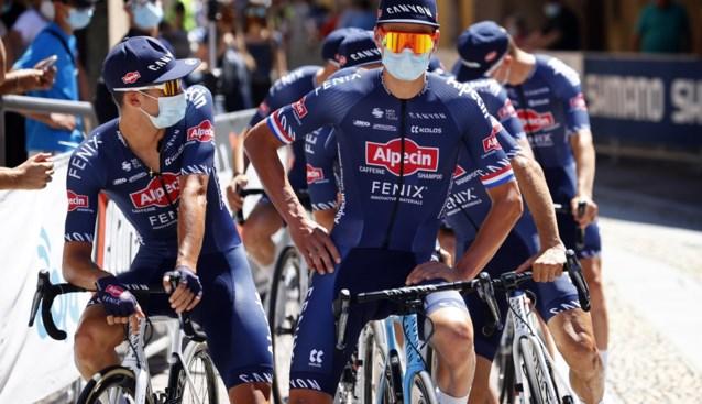 """Mathieu Van der Poel hoopt vandaag matige wielerstart te vergeten: """"Als er iemand meer van verwacht had, ben ik het wel"""""""