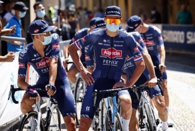 """Mathieu Van der Poel hoopt vandaag in Granpiemonte matige wielerstart te vergeten: """"Als er iemand meer van verwacht had, ben ik het zelf wel"""""""
