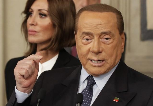 Silvio Berlusconi heeft weer een nieuwe, 50 jaar jongere vriendin te pakken