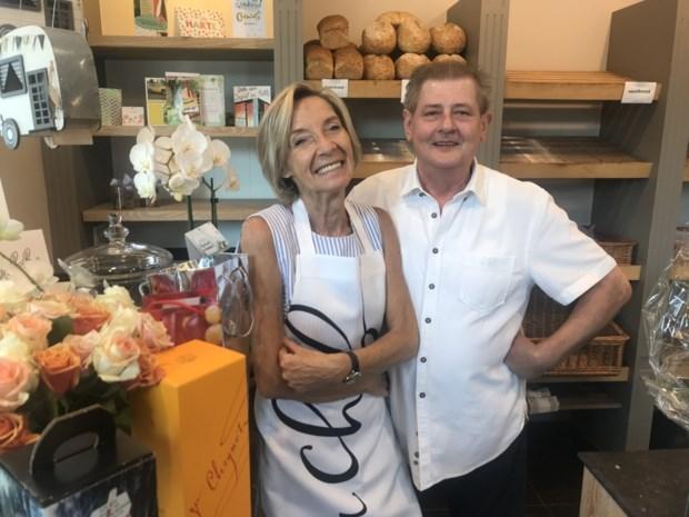 """Bakker Eddy Merckx (63) bakt na 45 jaar zijn laatste broodjes: """"Mijn madam is altijd de drijvende kracht geweest achter onze zaak"""""""