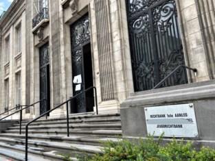 20-jarige amokmaker terecht voor twee gevallen van zinloos geweld