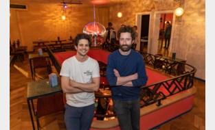 """Opnieuw sluit populair café deuren door corona: """"Zonder toog, voetbal en feestjes kunnen we huur niet betalen"""""""