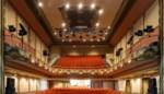 Waarom mogen we met driehonderd in een vliegtuig, maar niet in een veel grotere theaterzaal?