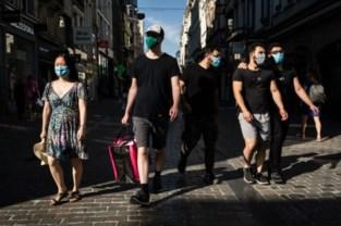 """Brusselaars zijn regels beu: """"Helft draagt geen masker"""""""