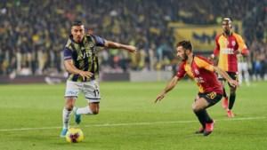 Vier spelers van Turkse topteams besmet