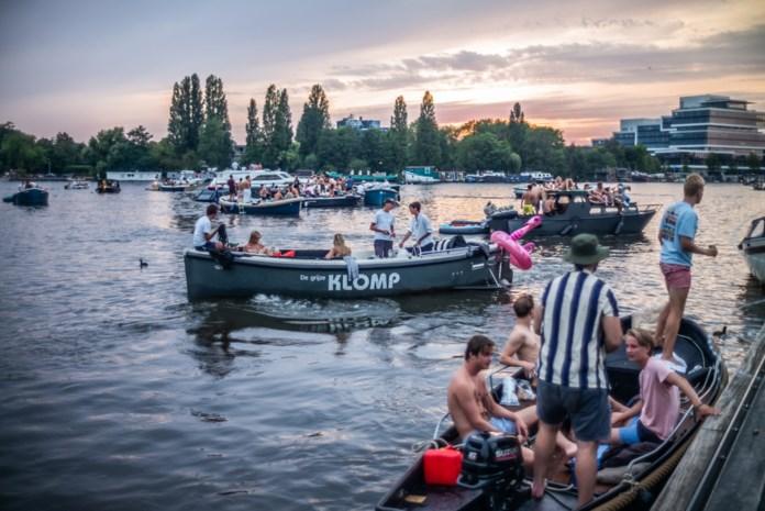 Zijn onze coronamaatregelen te streng? In Nederland nog feesten met 100 man en amper mondmaskers