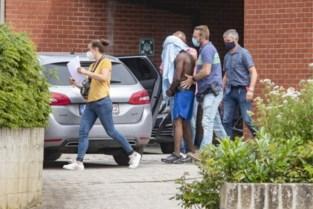 """Zaak van drie verdachten van rellen in Blankenberge met enkele uren uitgesteld: """"Want we staan er op dat ze aanwezig zijn"""""""