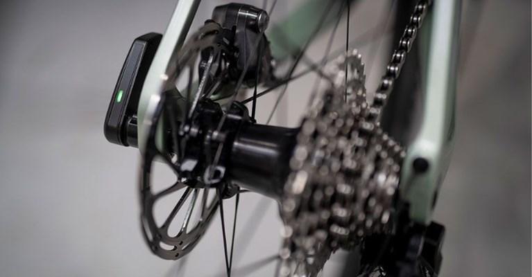 """Tom Boonen investeert mee in """"baanbrekende revolutie"""" in fietsschakelsystemen"""