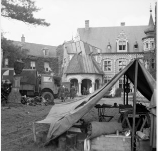 Fietsen in het thema van de Tweede Wereldoorlog