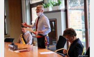 """Burgemeester Deswaene over de 0 in Lochristi: """"Ik ben de eerste om te relativeren en geen hoera-berichten de wereld in te sturen"""""""