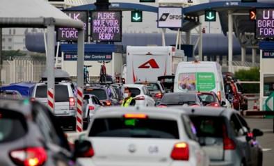 Boze Britten haasten zich massaal naar huis na plotse quarantainemaatregel van overheid