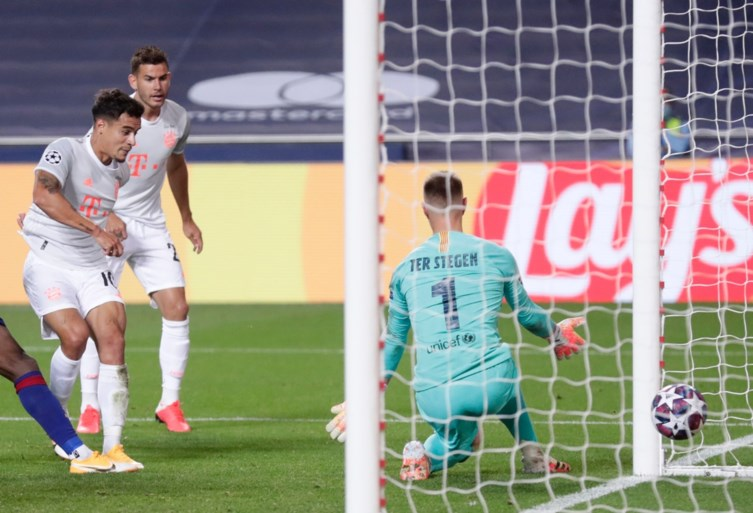 TWEE-ACHT: Bayern Munchen veegt de vloer aan met Barcelona, geen enkele Spaanse ploeg in halve finale Champions League