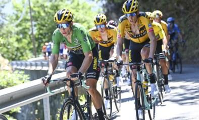 """Ook zware val in afdaling in Dauphiné, Wout van Aert en Tom Dumoulin furieus: """"Volslagen belachelijk"""""""