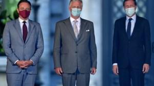 De Wever en Magnette aangekomen op Koninklijk Paleis