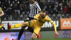 Charleroi leent Chris Bedia uit aan Sochaux, Racing Genk zwaait Dieumerci Ndongala uit