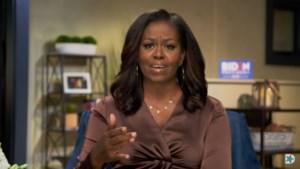 Michelle Obama stuurt subtiele boodschap de wereld in met haar halsketting