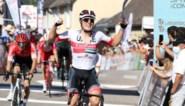 """Jasper Philipsen sprint het snelst in derde rit Ronde van de Limousin: """"Eindelijk winst"""""""