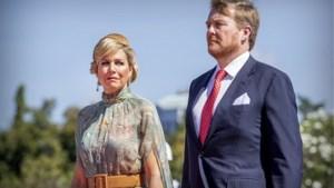 Willem-Alexander en Máxima schenden coronamaatregelen tijdens vakantie, Nederlands koningspaar reageert