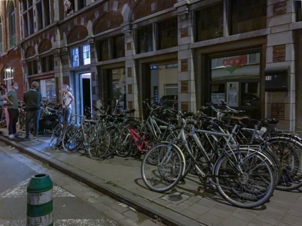 Schat aan gestolen fietsen gevonden in Gent: politie gaat eigenaars zoeken