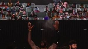 """Plots duikt Kobe Bryant op tijdens wedstrijd van de Lakers: """"Toen wist ik dat hij bij ons was"""""""