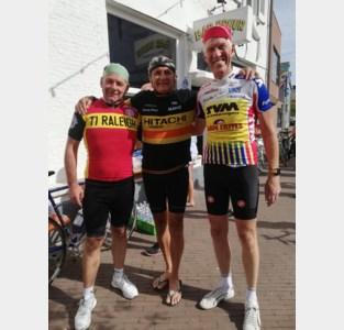 """Pat en Buggy kleuren koers Antwerps als lokale Wuyts en De Cauwer: """"Tot in Canada kijken en luisteren ze mee"""""""