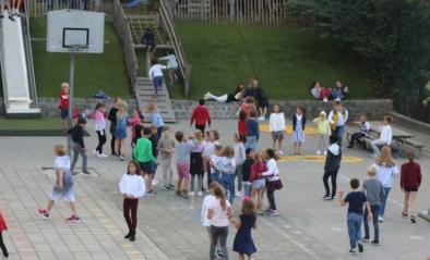 Nederlandstalige en Franstalige kinderen na half jaar weer samen op speelplaats