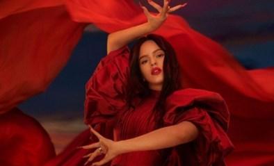 Cosmeticareus MAC gaat in zee met Spaanse zangeres