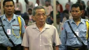 Kameraad Duch (77) gestorven in Cambodjaanse cel: zelfs door een bril te dragen, riskeerde je de doodstraf
