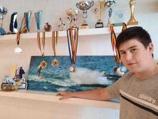 15-jarige Kobe Verbraecken kroont zich tot Belgisch kampioen waterskiracing