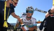 """Ritwinnaar Alexei Lutsenko blij met eerste ritzege in Tour, Van Avermaet """"doodgedaan"""" door te steile klim"""