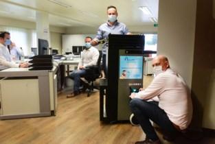 Mobiele luchtreiniger filtert aerosolen uit kantoor of klaslokaal