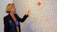 """Rode Kruis bedankt vrijwilligers met kunst van Delphine Boël: """"Vrolijk en optimistisch aandenken aan intense coronaperiode"""""""