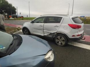 Twee gewonden bij botsing kruispunt Den Os