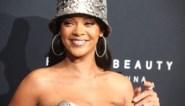"""Opnieuw foto's opgedoken van Rihanna met gezicht vol blauwe plekken: """"Aan de beterhand"""""""