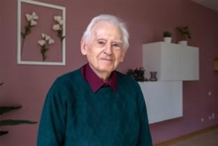 """'Klokkenluider' Roger (89) na hartenkreet uit rusthuis: """"Veel jonge mensen reageren, dat doet deugd"""""""
