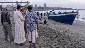 Driehonderd Rohingya bereiken Indonesië 'na zeven maanden op zee'