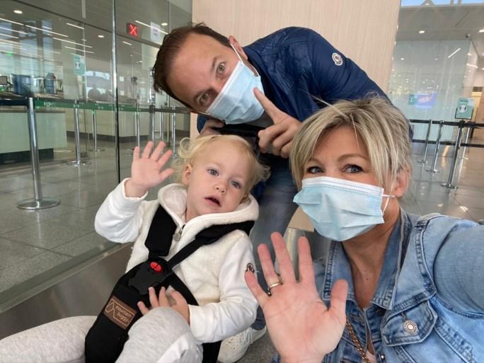 Zangeres Lindsay houdt dochtertje thuis van school, en niet alleen vanwege corona